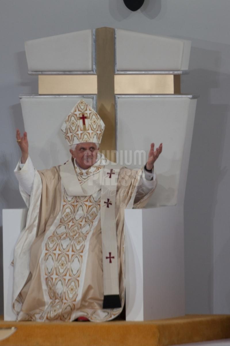 USA-NY-pope-Benedict-XVI-Yankee-stadium-0760_20080420_GK