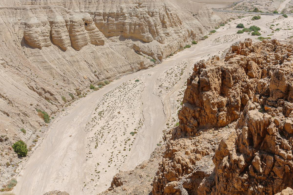 wadi qumram - q'umram - dead sea scrolls - Israel