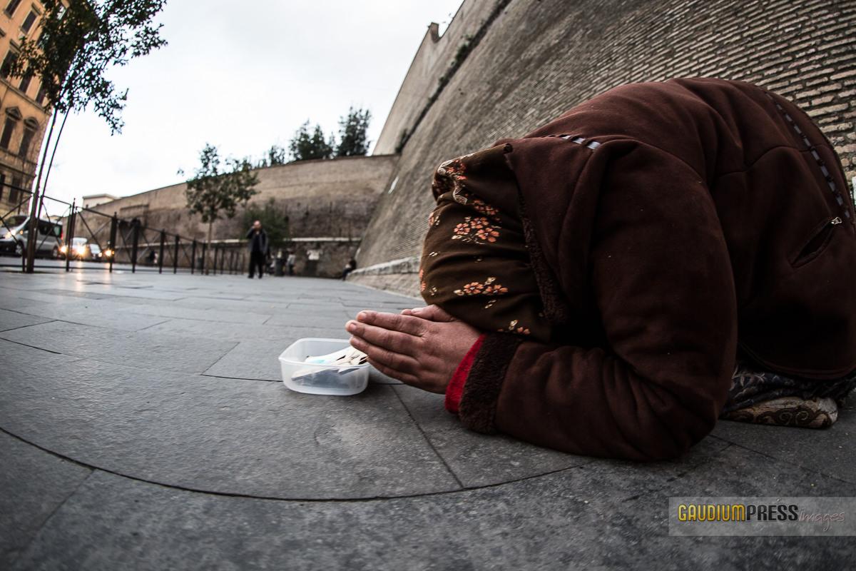 a street beggar in Rome